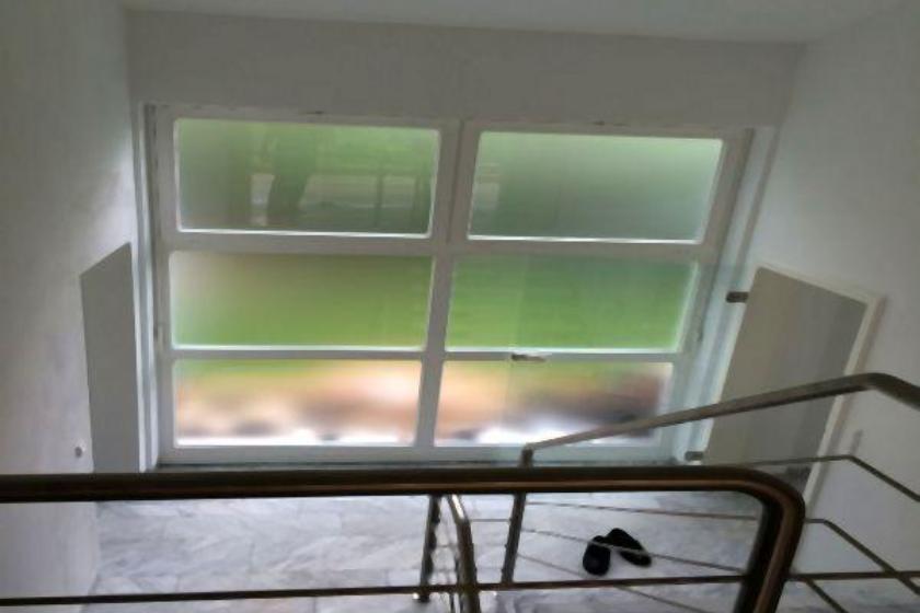 Treppenhaus vor Sanierung