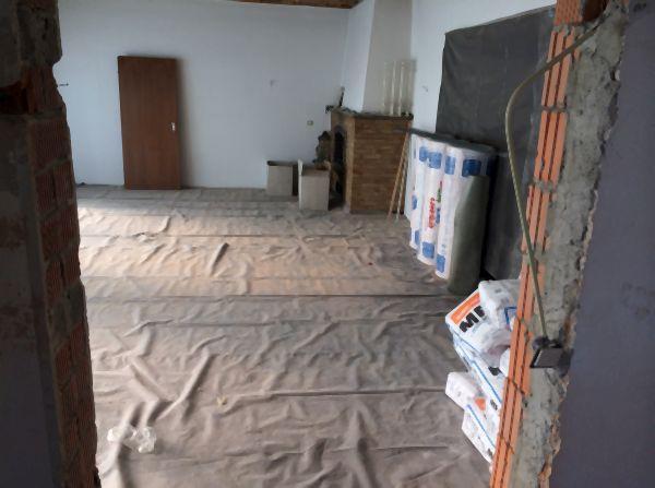 Wohnbereich vor Umbau und Sanierung