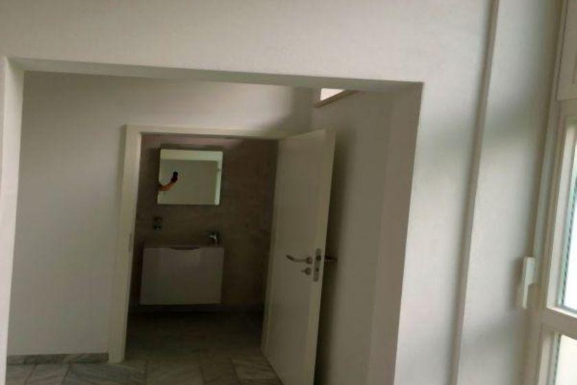 Blick zum Bad nach Umbau und Sanierung
