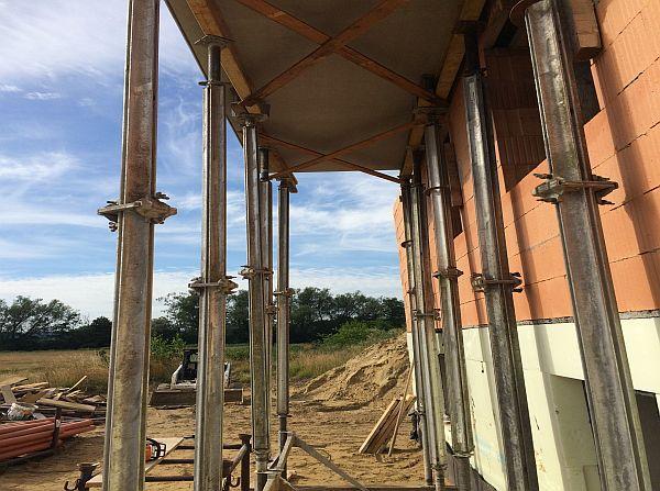 Rohbau: Stützung Balkon