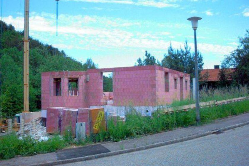 Rohbau: Erdgeschoß Ziegelmauerung