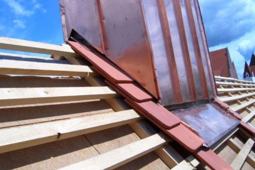 Dach- und Kaminisolierung