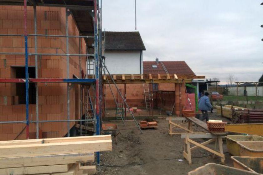 Rohbau: Garage im Bau