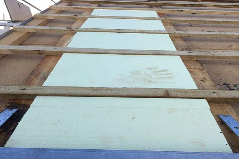 Vom Rohbau zur Fertigstellung: Dachisolierung
