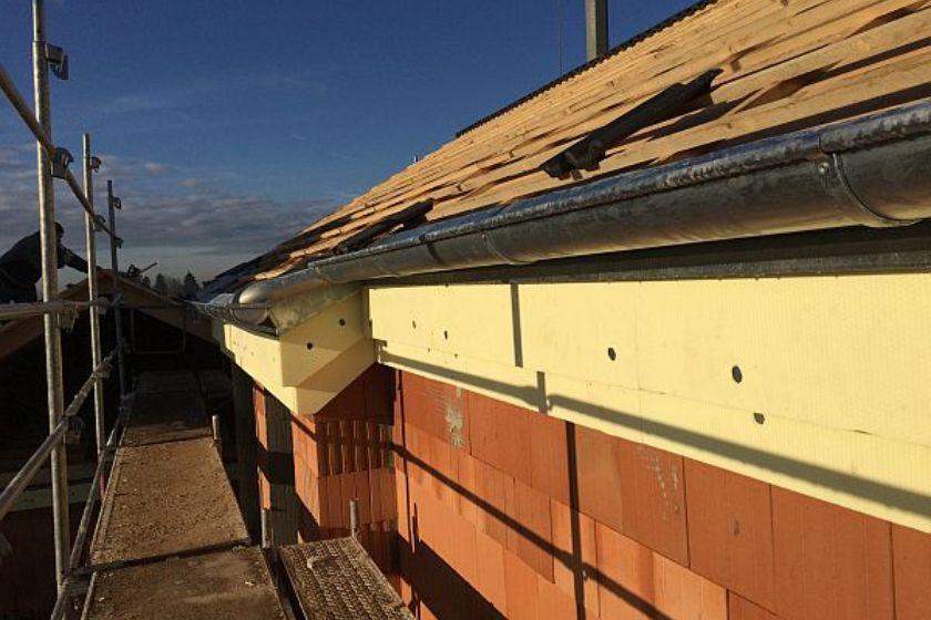 Vom Rohbau zur Fertigstellung: Dach aus anderem Blickwinkel
