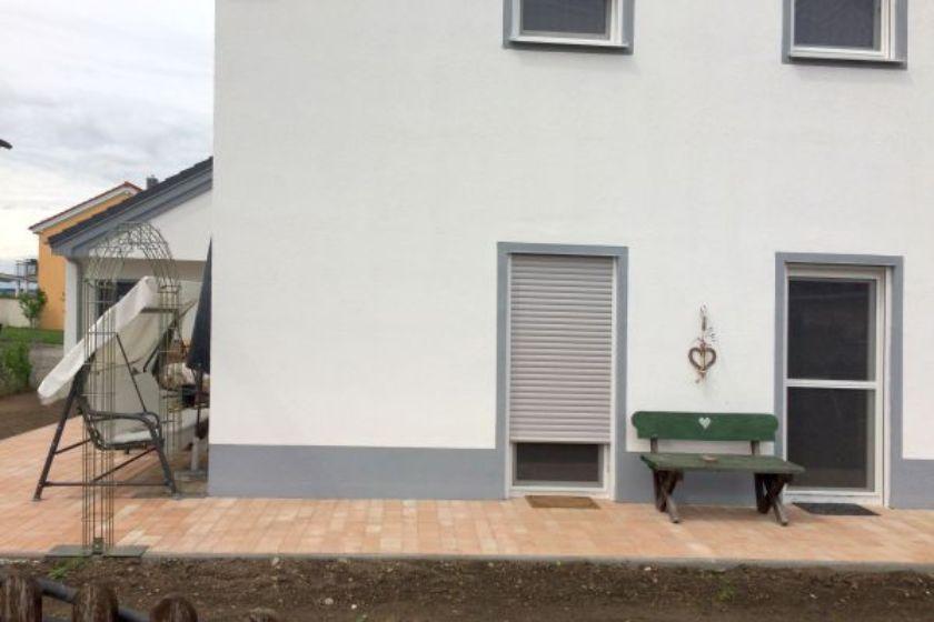 Einfamilienhaus Modell Jurahaus: Neubau Seitenansicht