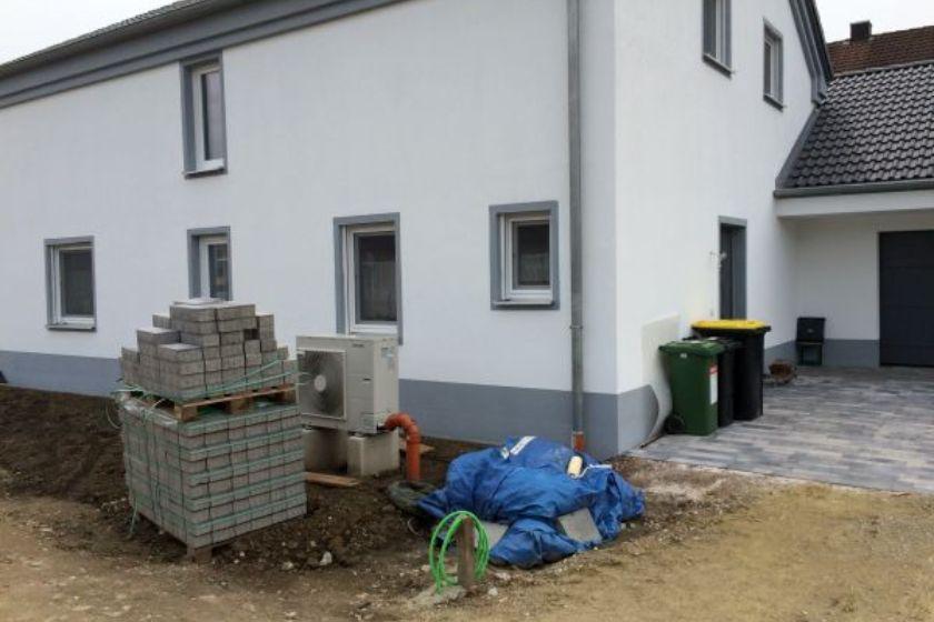 Einfamilienhaus Modell Jurahaus: Betonpflaster vor Verlegung