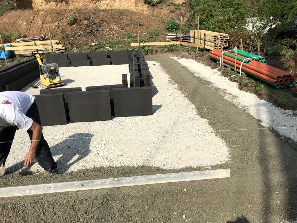Bodenplatte: Vorbereitung für Schaumglasschotter
