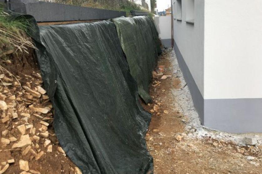 Bodenplatte: Absicherung